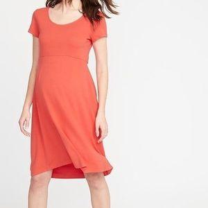 Maternity ponte-knit fit & flare dress siz…